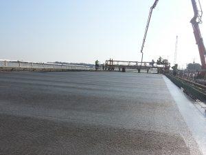 bridge pour concrete